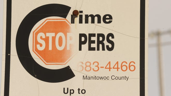 Suspect sought in thefts from vehicles in Manitowoc