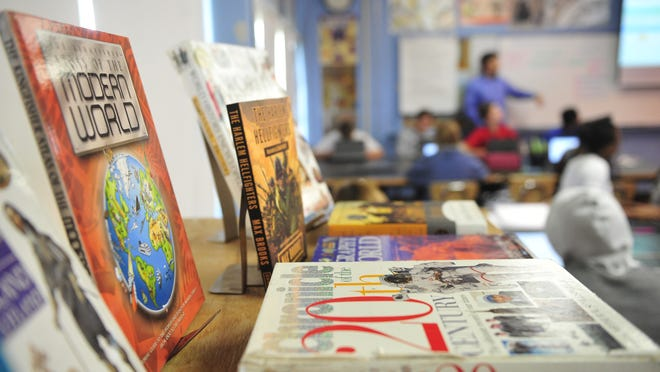 Williamson County Schools will mostly do away with social studies textbooks as the district launches its new curriculum in 2019.