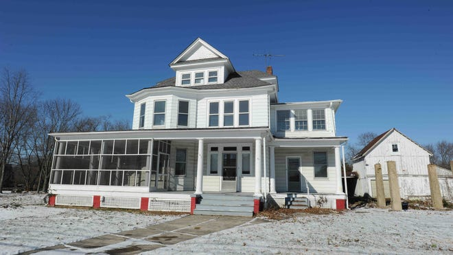 Townsend will build its much-needed new Town Hall in this old Victorian home that the town bought Oct. 30 for $250,000.