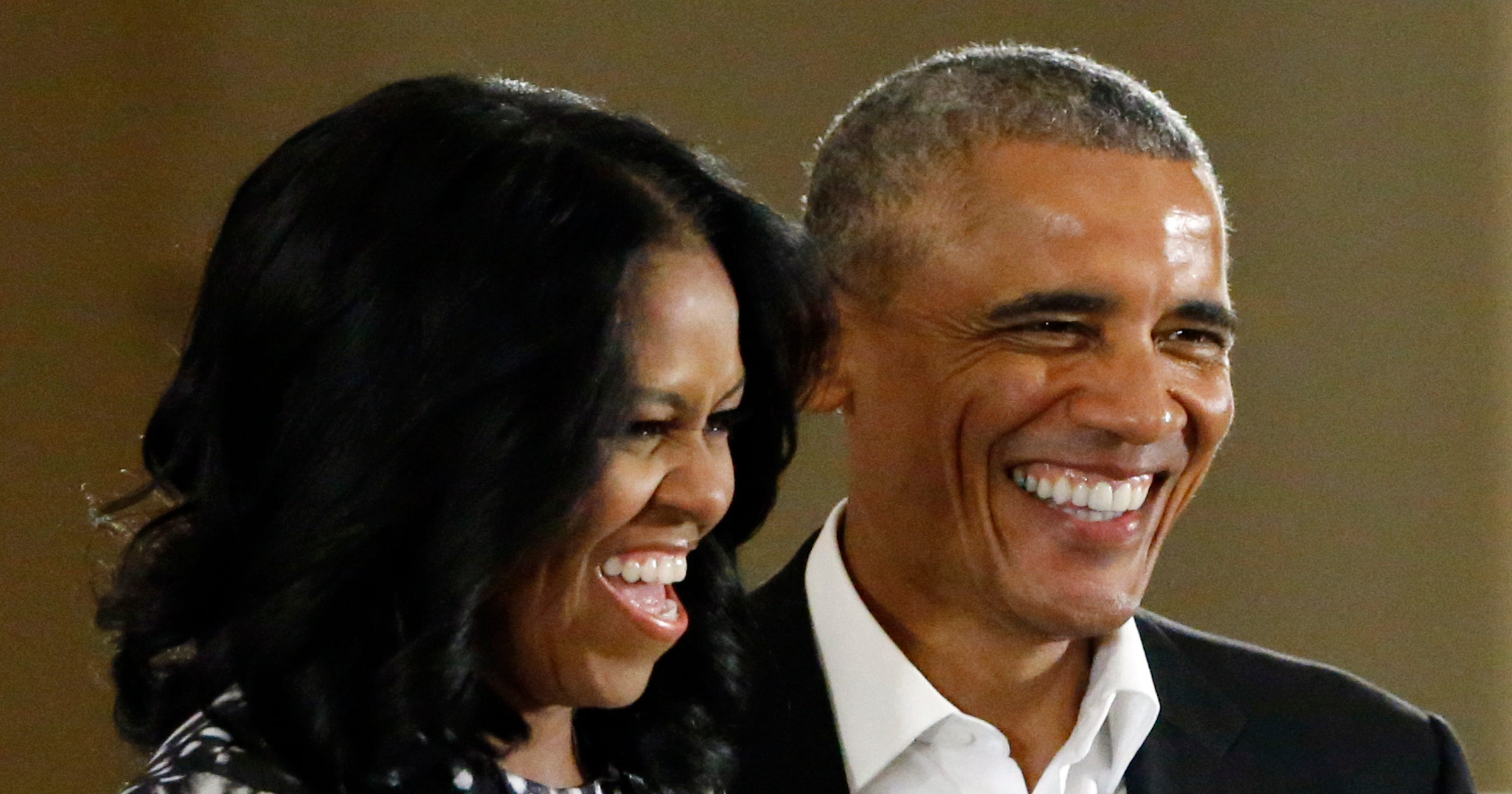 Barack and Michelle Obama sign Netflix deal to produce series and films