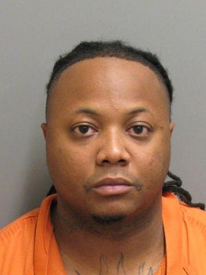 Deaundre Antwan Williams is charged with murder.