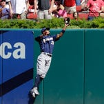 Braun homers in 9th, Brewers drop Cardinals in playoff race