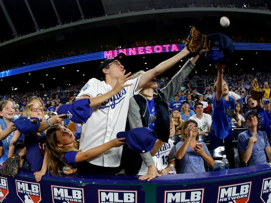 Twins_Royals_Baseball_03855.jpg