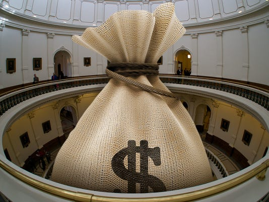 texas-tribune-budget-Money-Bag-In-Capitol.jpg