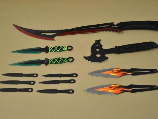 636554286672597934-knives.jpg