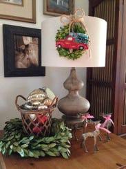 (Wreath) Melissa Vaughn Skidmore made this wreath with