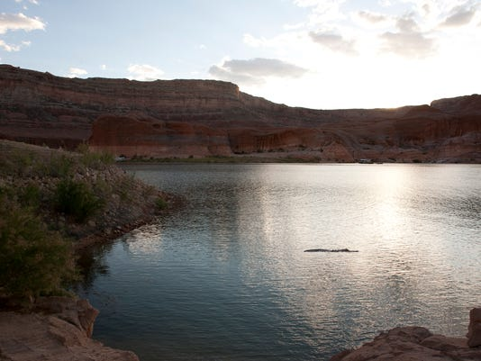 635949401555832850-0401-on-the-lake-01.jpg