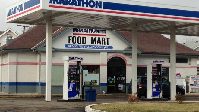The Marathon Food Mart in the 900 block of East Main Street in Muncie was the scene of an attempted armed robbery early Sunday mroning.