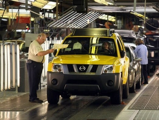 Nissan to add 1 000 jobs in Smyrna