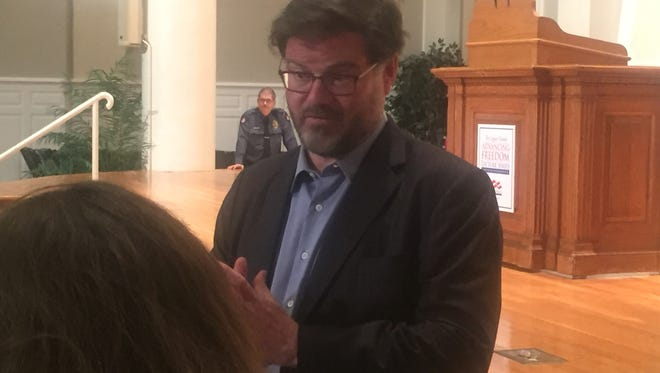 Political commentator Jonah Goldberg speaks with students and audience members after his April 11 Denison University presentation.