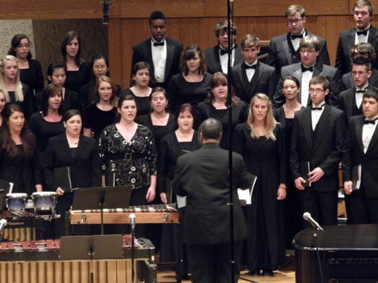 Dr. Bundage and MTSU Concert Chorale