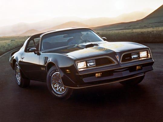1976 Pontiac Trans Am.jpg