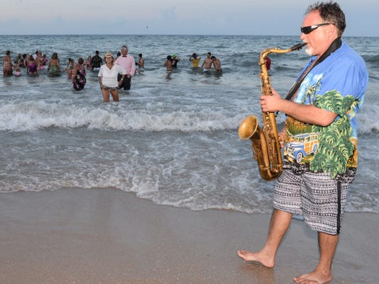 9-0724-IRC-PHOTO-11a-Busch-Family-Foundation-for-VBLA-Beach-Ball.jpg
