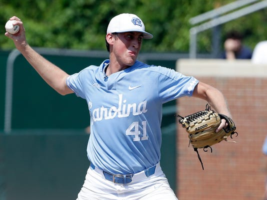 NCAA_Stetson_North_Carolina_Baseball_29137.jpg