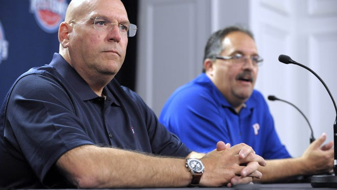 Stan Van Gundy, right, introduces Jeff Bower as the Pistons' general manager.