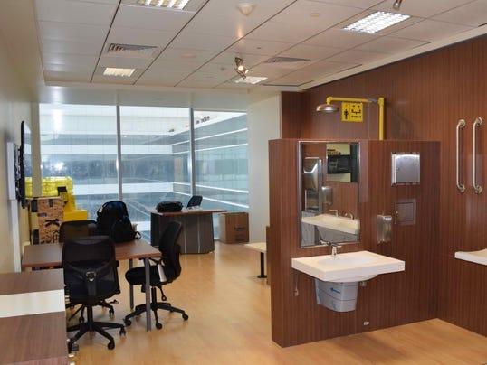 thumbnail-Bradley-Dubai-Office3-copy.jpg