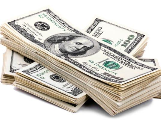 Getty_MoneyStack.jpg