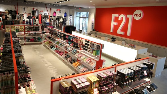 A Forever 21 concept store, F21 red, will open in Tempe Marketplace.