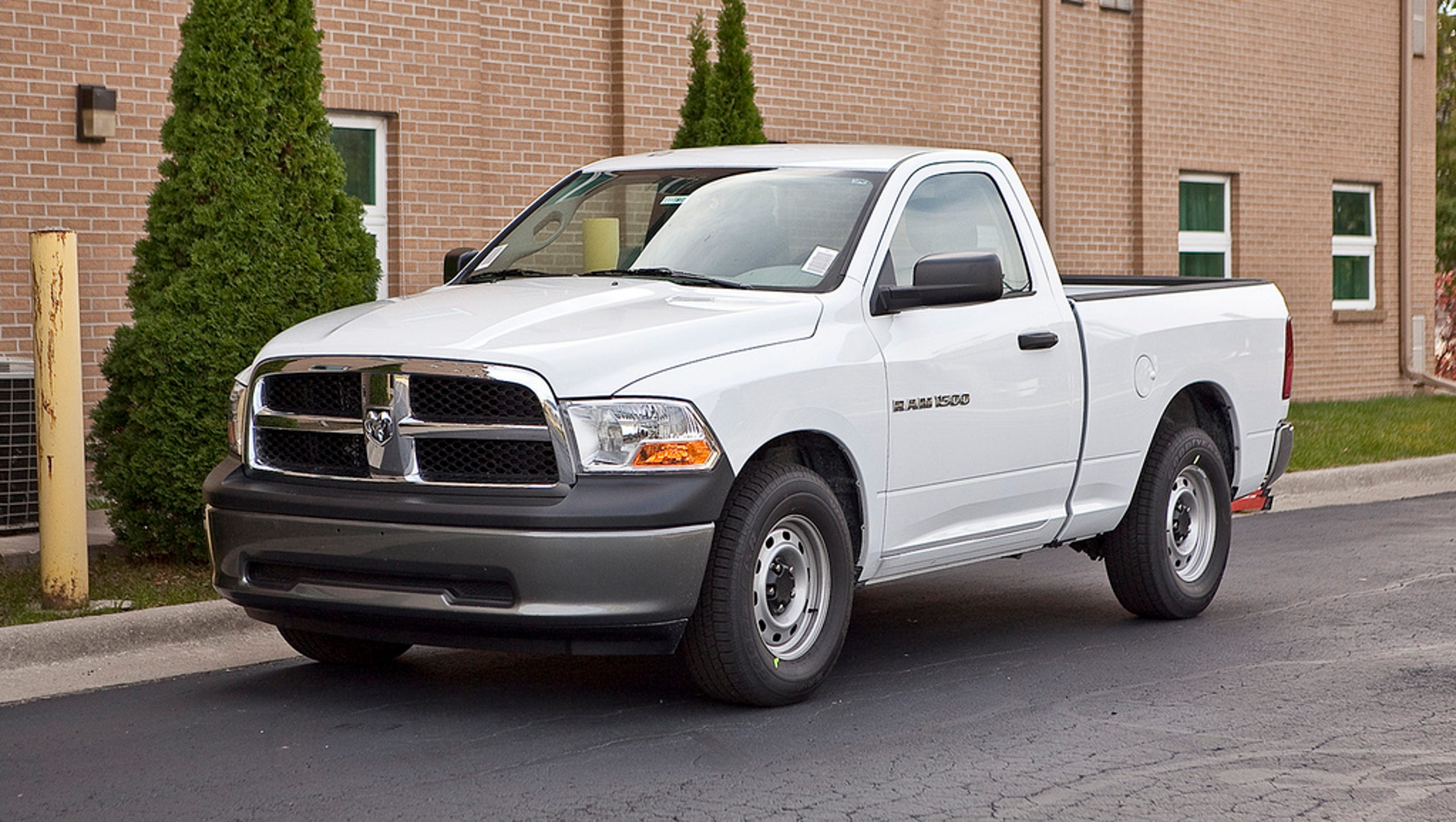 Ram 1500 Pickups From 2009 2012 Recalled To Fix Rusting Fuel Tank Strap