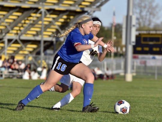Keara Bullen was a belovedand integral member of Mason High School's varsity girls soccer team, coachChristie Hurseysaid.Bullen died Sunday in a multi-vehicle crash outside St. Johns.