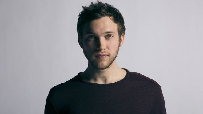 """7/3: PHILLIP PHILLIPS 