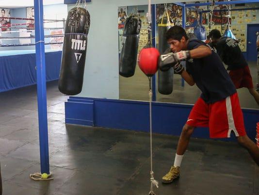 636349603487781236-coachella-boxing-family-4.jpg