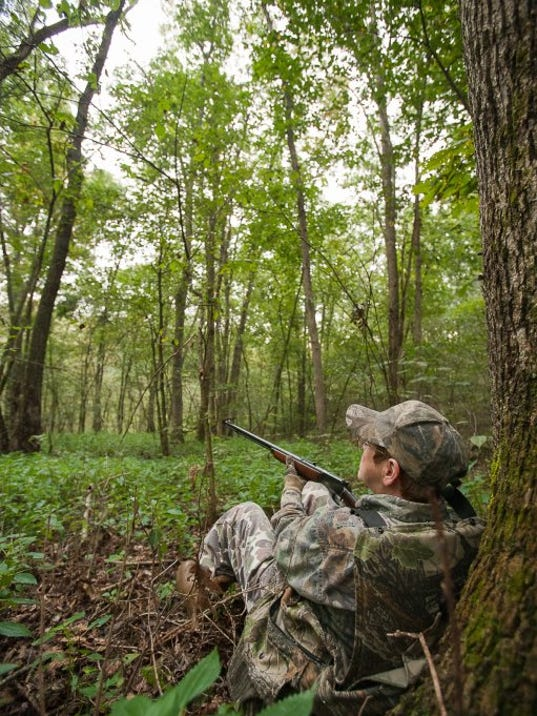 636625057144917226-091510-heath-ca-squirrel-hunt-18.jpg