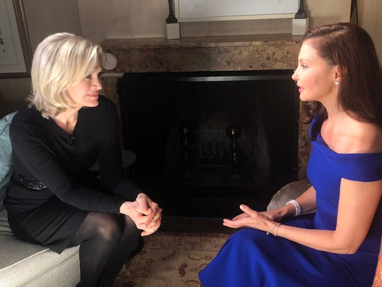 Diane Sawyer speaks to Ashley Judd for ABC New. Sawyer and husband Mike Nichols live in Snedens Landing.