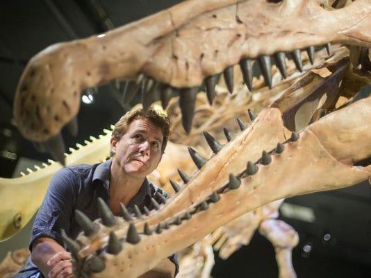 USAT Spinosaurus swi (2).JPG