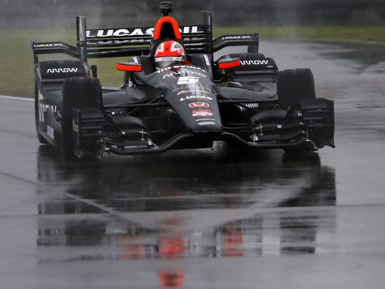 An example of the Honda road course kit: James Hinchcliffe (5) pulls into pit lane during the qualifying session for the IndyCar Grand Prix of Louisiana auto race, Saturday, April 11, 2015.