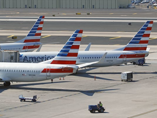 American Airlines pilot shortage may affect holiday flights