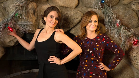 Best Christmas Ever Snl.Sisters Forever A Timeline Of Tina Fey And Amy Poehler S