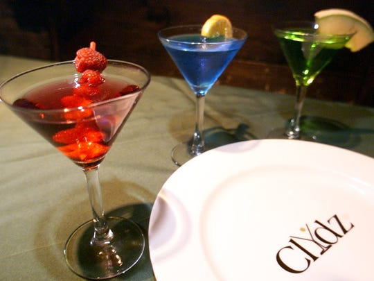 Clydz has an extensive drink menu and exotic food menu.