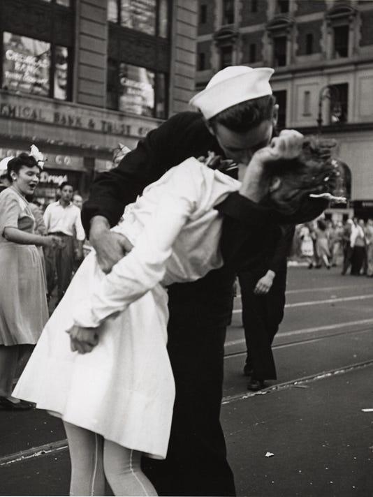 XXX SAILOR KISS A OLY USA NY