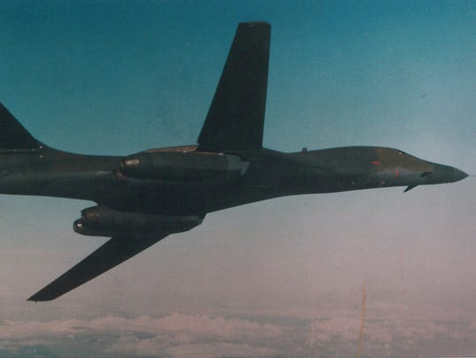 B-1B-file-photo-2-RSZ.jpg