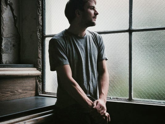 635513908449257134-Nils-Frahm---portrait-by-Michal-O-Neal-02-colour-WEB