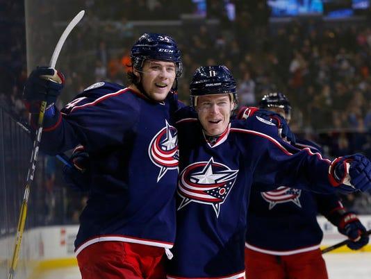 USP NHL: NEW YORK ISLANDERS AT COLUMBUS BLUE JACKE S HKN USA OH