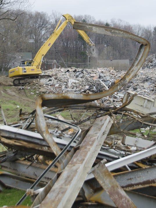 madison-junior-high-school-demolition