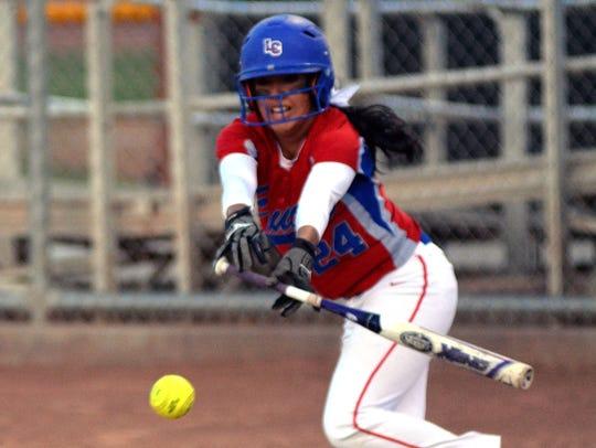 Amber Saiz and the Las Cruces High School Bulldawgs