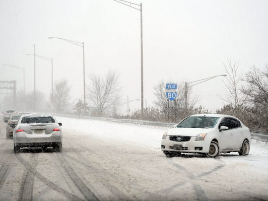 A car turned around on Route 80 westbound near Hackensack
