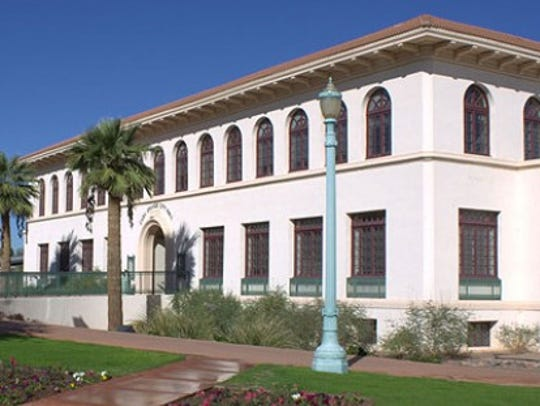 Casa Grande Union High School (1920)