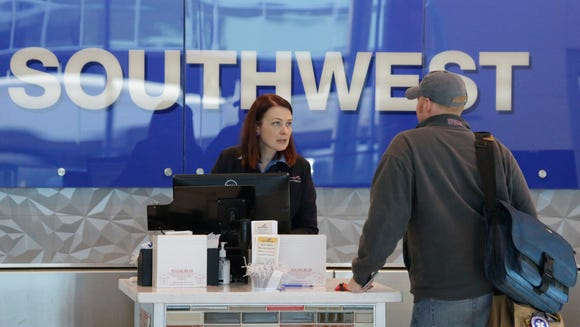 Thousands apply for flight attendant jobs at Southwest