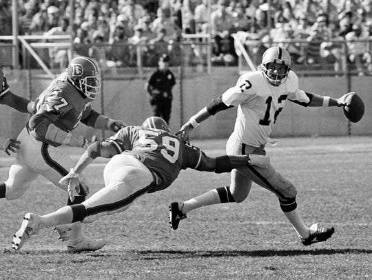 In this Sept. 4, 1978, file photo, Denver Broncos'