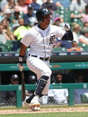 Tigers center fielder Leonys Martin bats during the