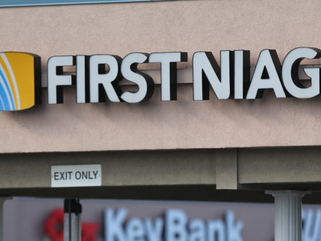KeyBank gets final OK on First Niagara merger