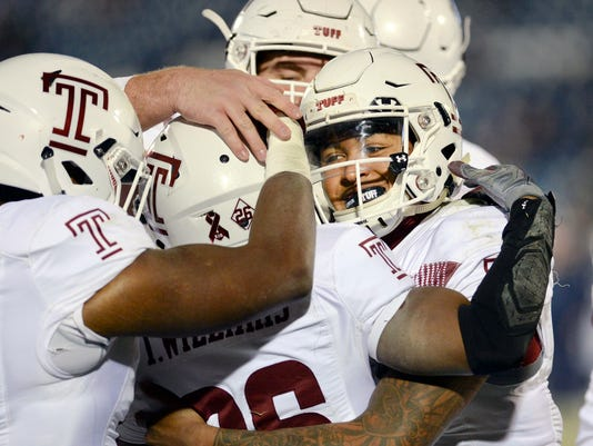 Temple_UConn_Football_80134.jpg