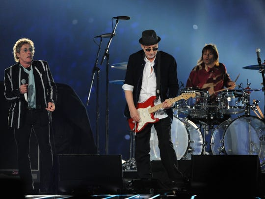 2010 Super Bowl XLIV  Indianapolis Colts vs. New Orleans Saints -- Roger Daltrey and Pete Townshend of The Who perform during halftime at Sun Life Stadium.