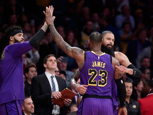 Lakers_McGee_Chance_Basketball_27118.jpg