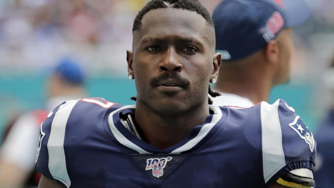Antonio Brown is shown on the sidelines during the first half of a game against the Dolphins this past season. Brown was involved in an alleged battery incident at his home in Broward County on Tuesday.