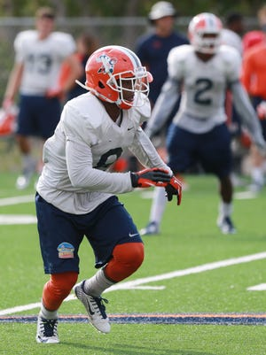 UTEP defensive back Kelvin Fisher dropped into coverage during a drill Tuesday. He is back from injury and will start Saturday.